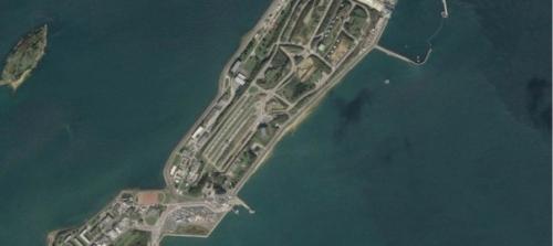 Finistère,Bretagne,Ile Longue,nucléaire,drone,anti nucléaire,